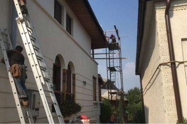 Montaj, reparatii acoperisuri tigla